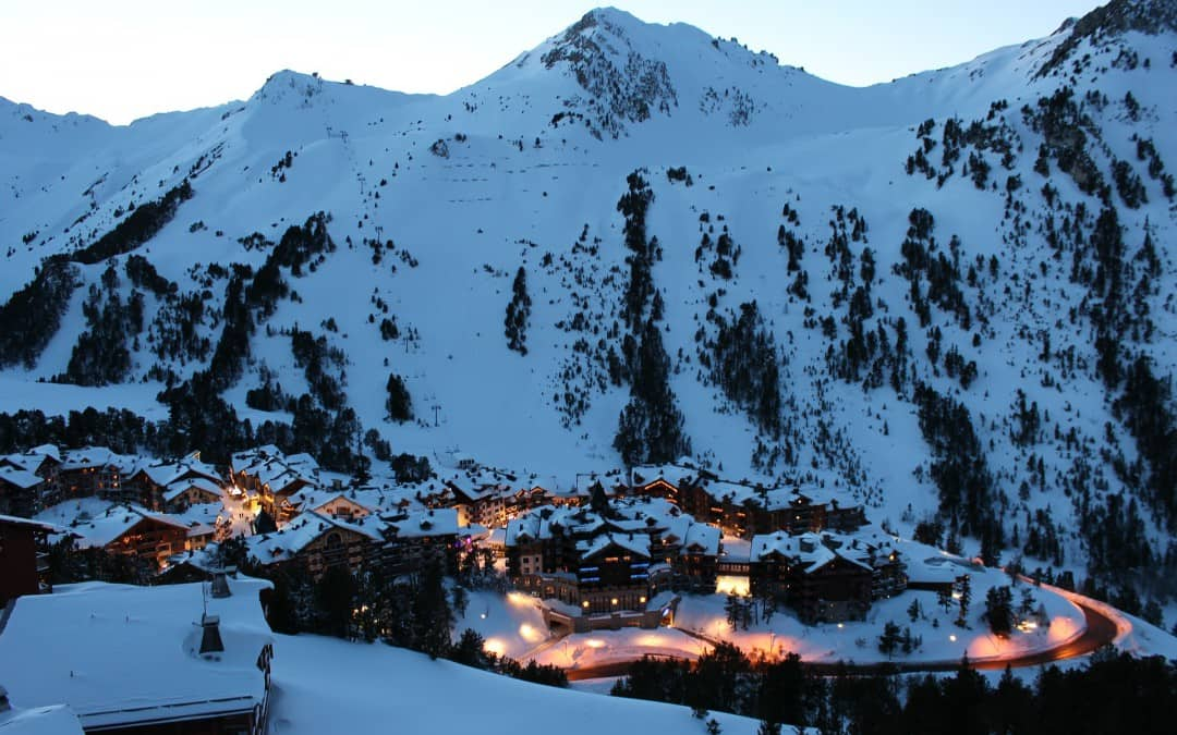 På rekordtid gik jeg fra ikke at kunne gå udenfor min egen hoveddør til at tage på skiferie i Alpe D'Huez!
